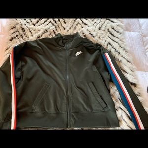 Trendy NIKE zip up like new! Great condition